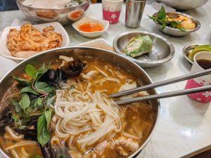鴻公公越南河粉|獨門好湯頭一口接一口