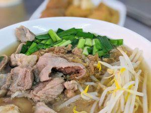 新營福恩豆菜麵大份量佛心美食.料多骨仔肉米粉