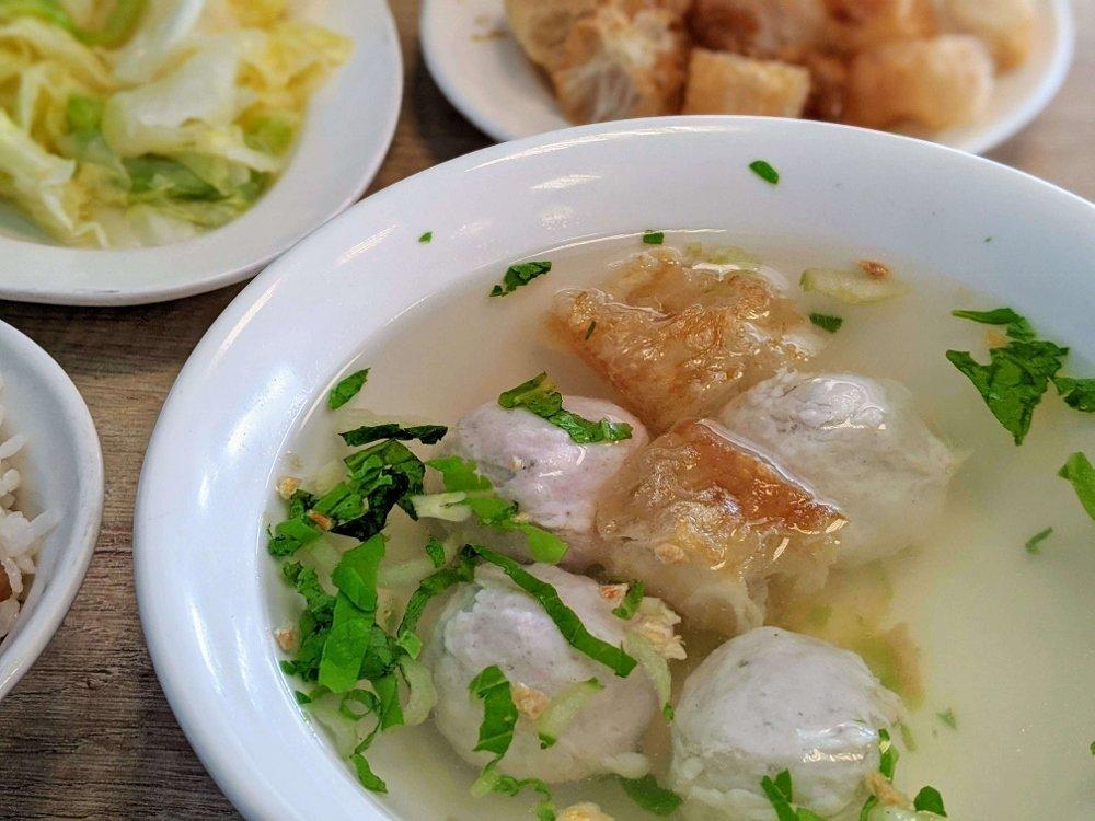 七海魚皮東門店 魚丸湯 (1)