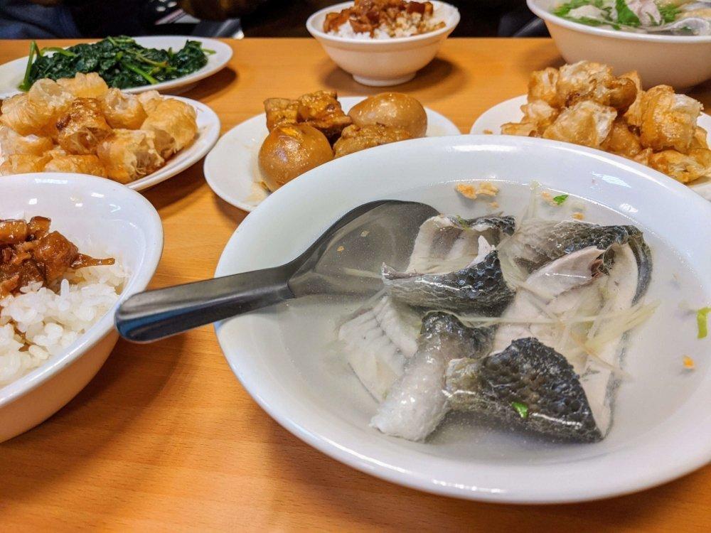 七海魚皮東門店 魚皮湯