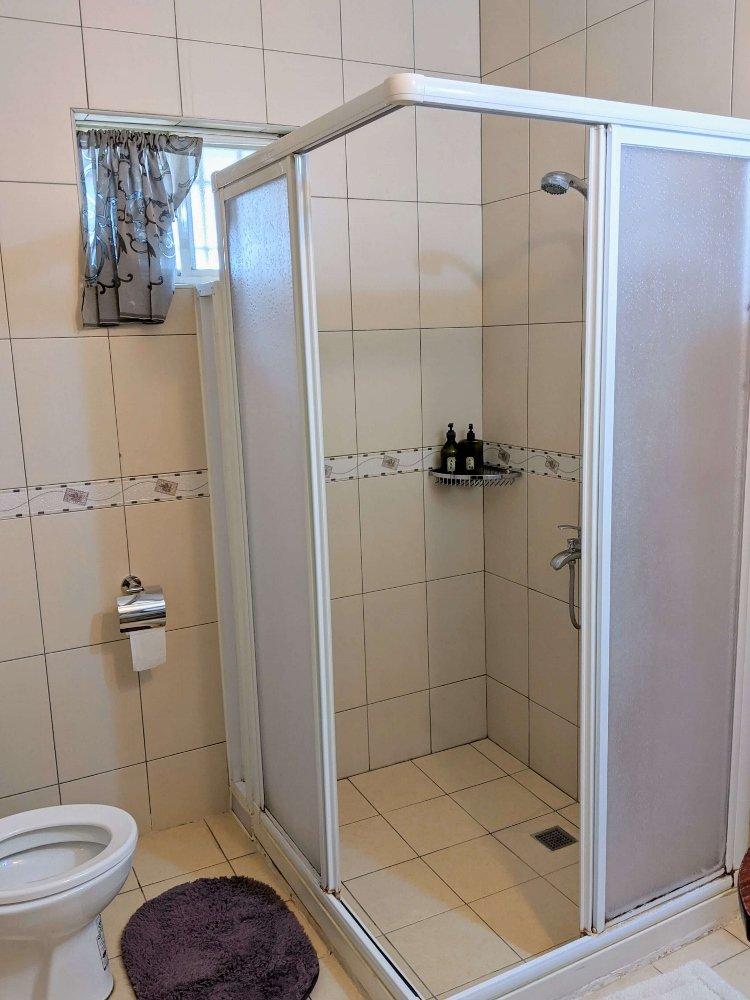 台東候鳥飛行民宿浴室