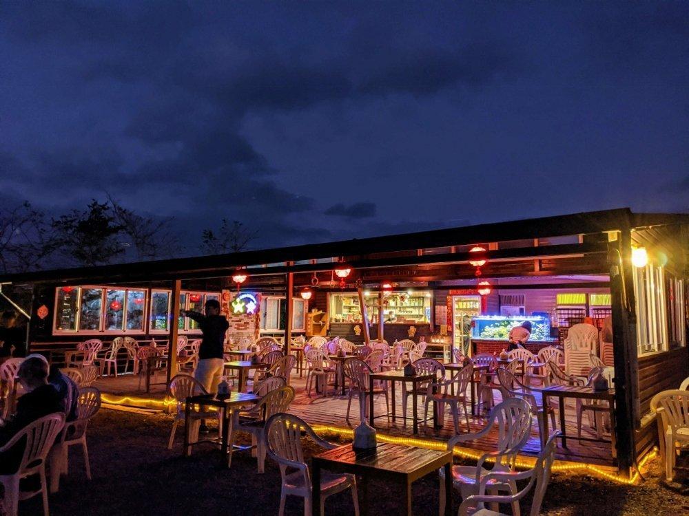 台東星星部落景觀咖啡櫃台小木屋