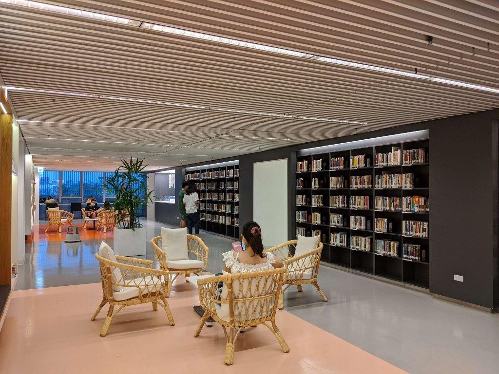 屏東總圖 四樓閱讀區