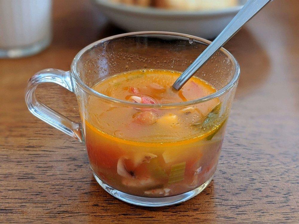 山大廚房 前菜番茄海鮮湯 (2)