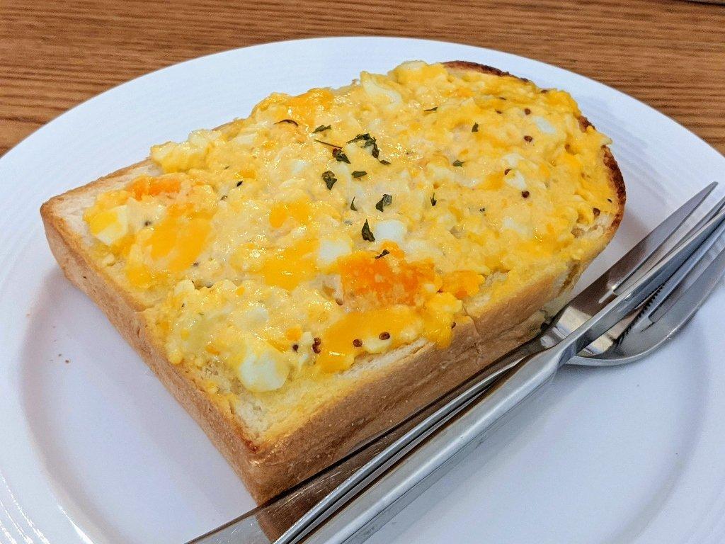 暮暮飯糰蛋沙拉厚片
