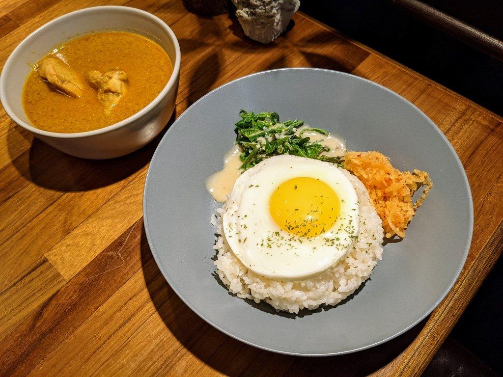 屏東泰后道泰式黃咖哩燉雞