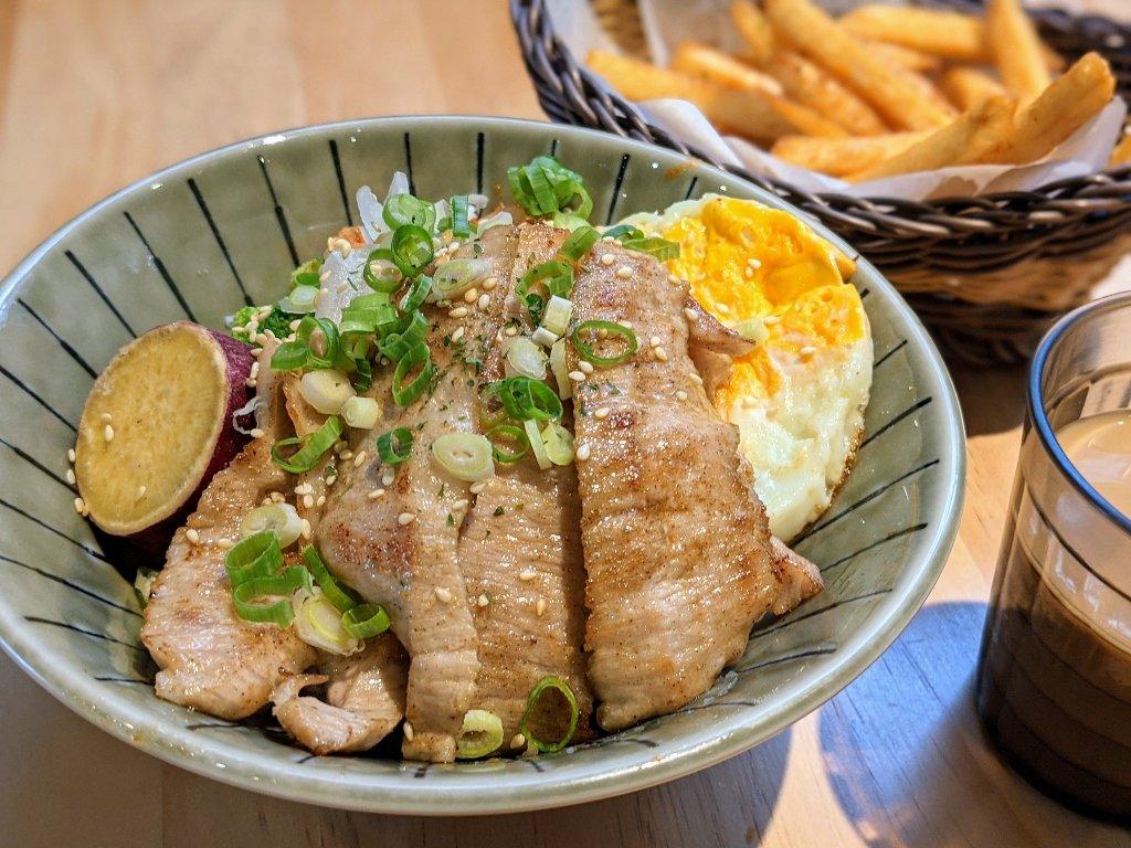 屏東米斯廚房 椒鹽松坂丼