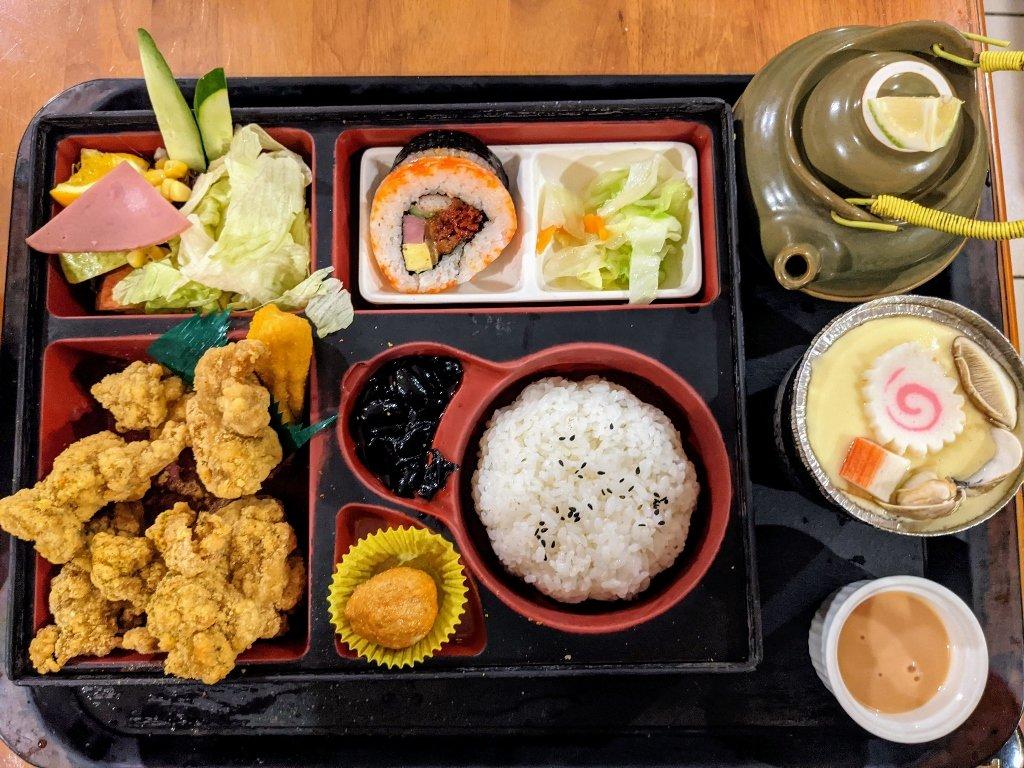 紅瓦町炸蝦壽司 唐揚雞定食 (2)