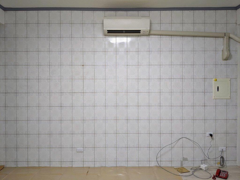 COSTCO 韓國高擬真水貼自黏壁紙電視牆黏貼過程 (3)