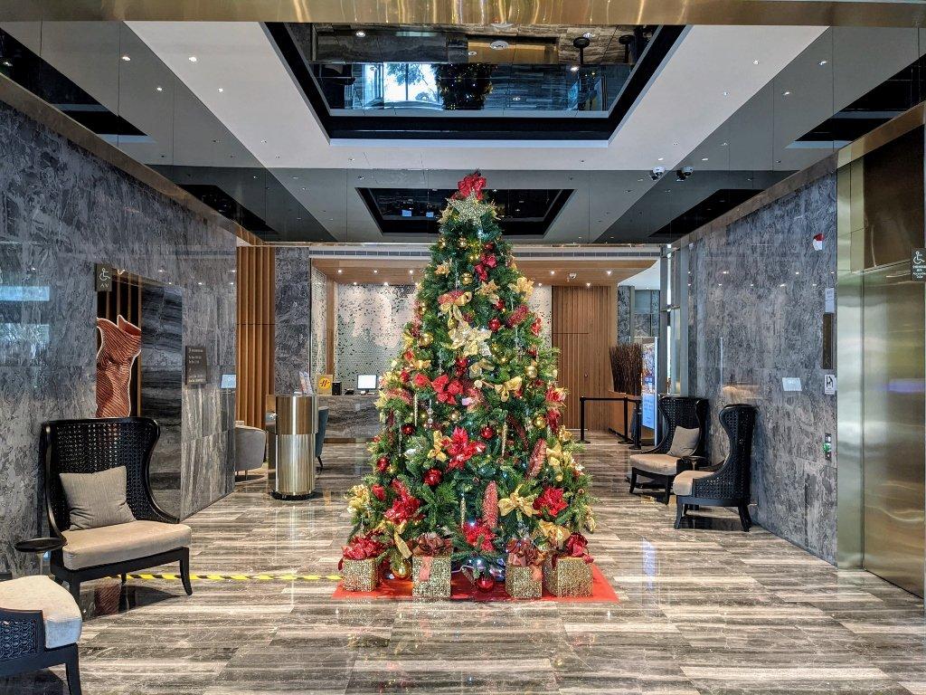 傑仕堡商旅板橋館大廳聖誕樹