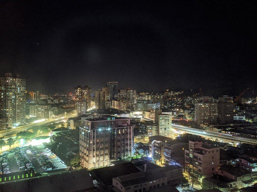 傑仕堡商旅板橋館 夜景