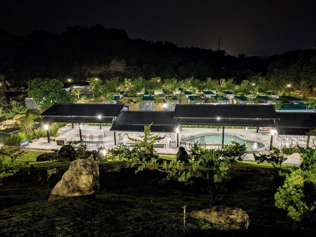 六二溫泉山房夜景 (1)