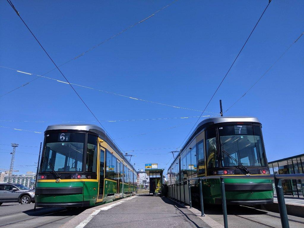 搭電車到碼頭