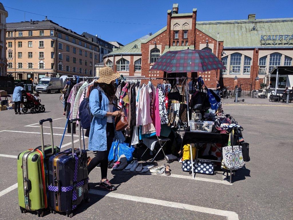 赫爾辛基老農貿市場旁的跳蚤市場