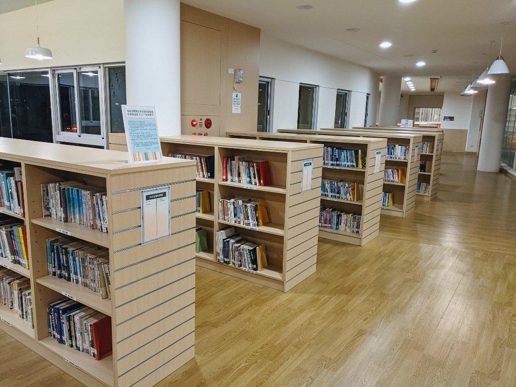 屏東復興圖書館 圖書區 (3)