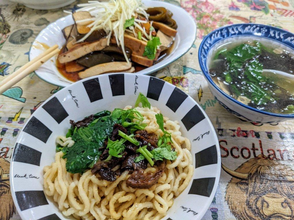 【白河素食】菩提綠食素食餐飲|多樣化素食麵,滿滿誠意紫菜湯