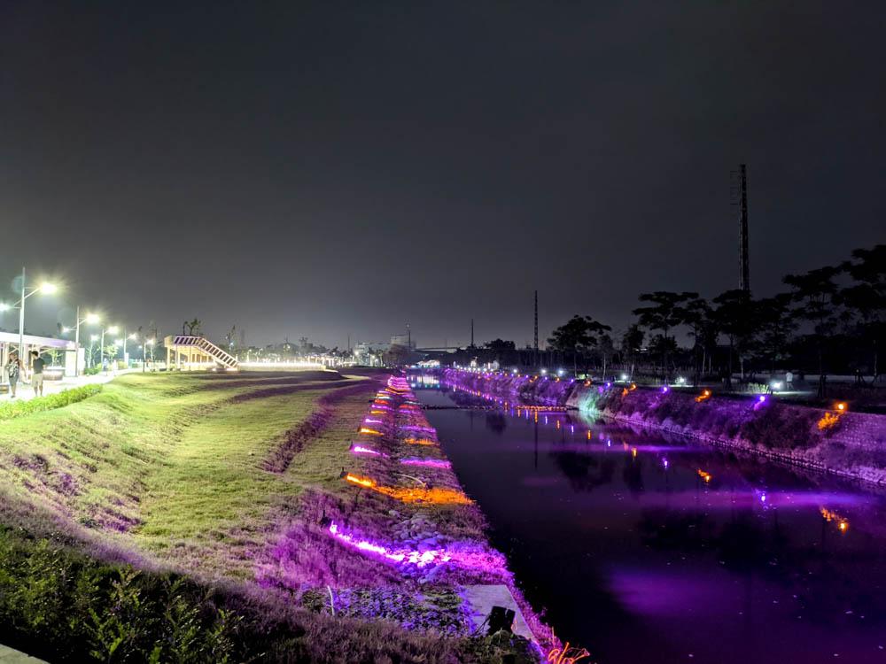 屏東縣民公園 河邊裝置藝術
