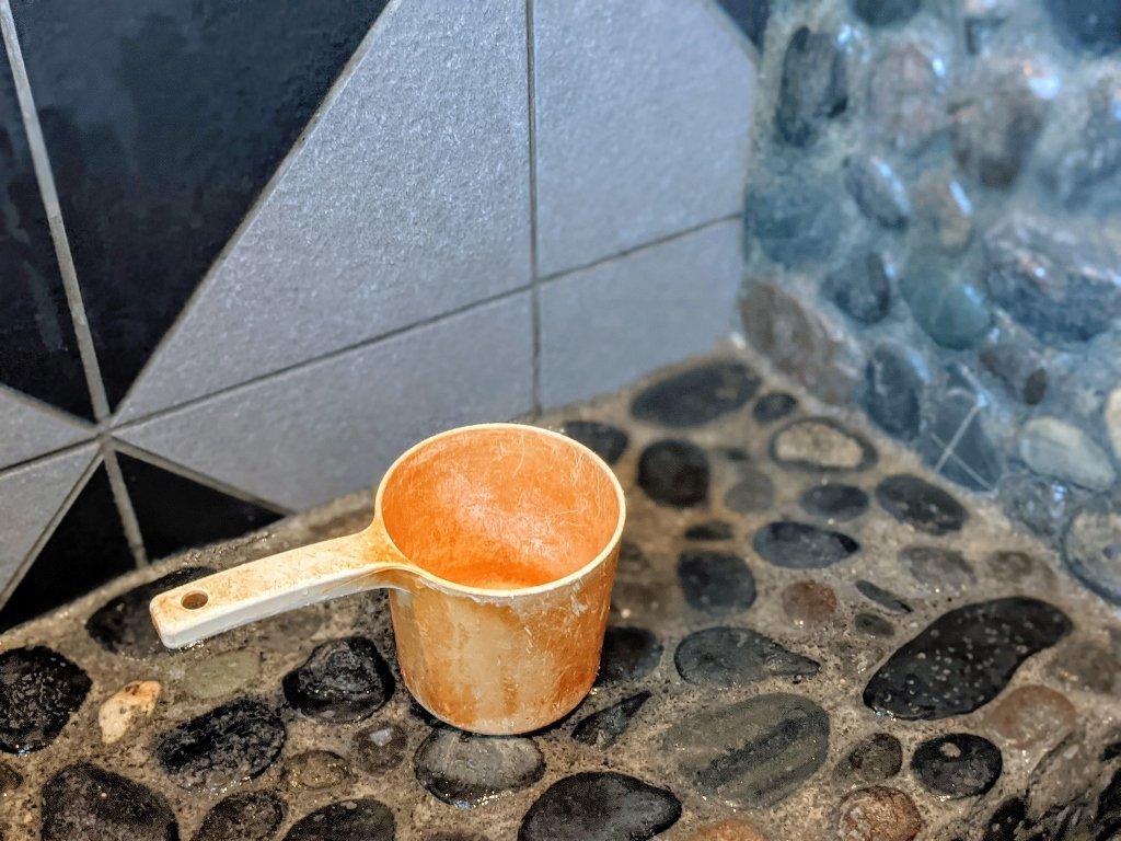 金崙富之山溫泉 湯屋門口 水勺