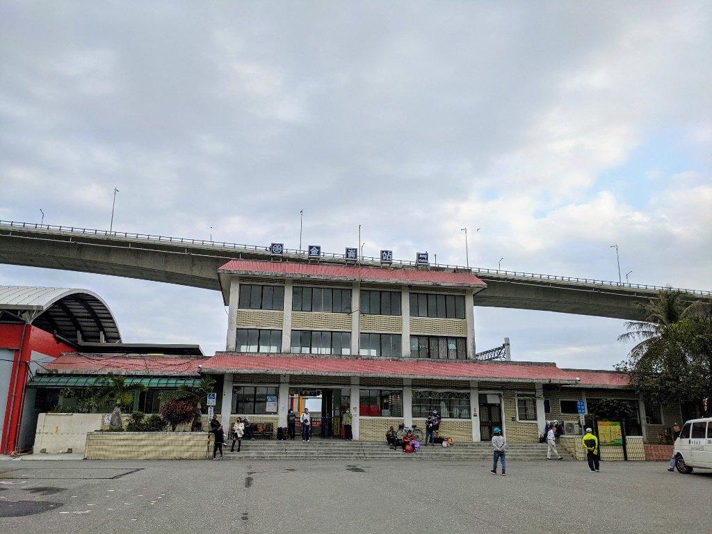 金崙火車站 (2)