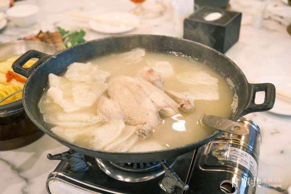 三倆三私房菜 豬肚煲雞湯 (1)