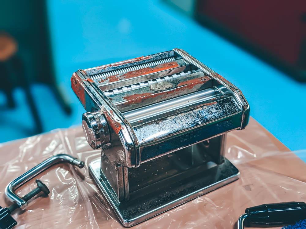 鮮饌道製作鱈魚香絲機器