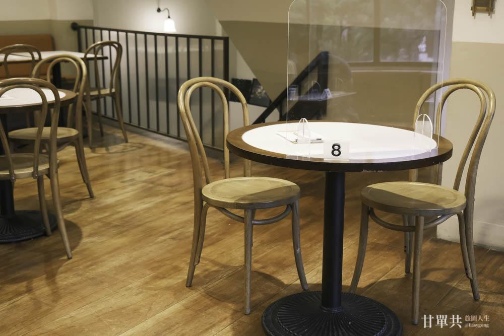 MUSA泰國料理二樓用餐環境八號桌